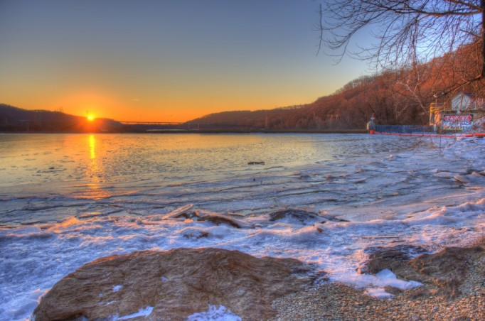 January sunrise over the Susquehanna at Holtwood Dam