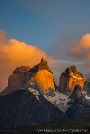Alpenglow highlights the Cuernos Del Paine