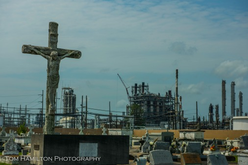 Old Catholic Cemetery surrounded by a Union Carbide chemical plant