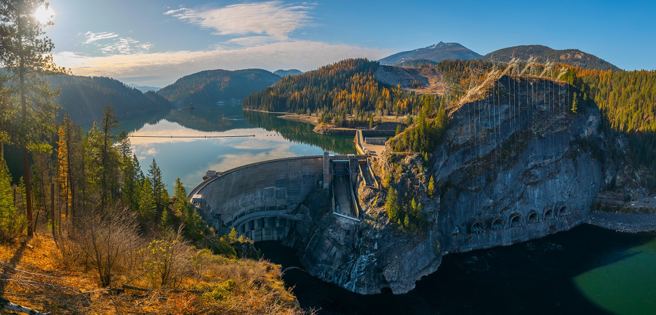 Boundary Dam, arguably one of the most scenic dams in the US is located along the Canadian border (hence the name). Electricity generated here is transmitted 350+ miles to the City of Seattle.